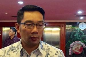 Ridwan Kamil ucapkan selamat kepada Anies-Sandi