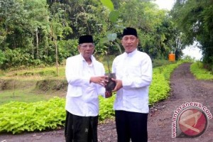 KH Hasyim Muzadi ingatkan pentingnya penghijauan
