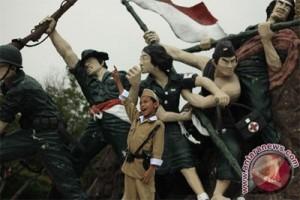 """ANTARA Doeloe : Peringatan """"Hari Pahlawan"""" di daerah-daerah"""