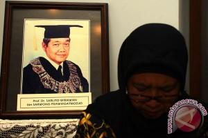 Sarlito Wirawan meninggal dunia