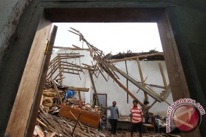 Gempa Malang sebabkan puluhan rumah rusak