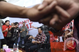 Yosi Project Pop dan Carissa Puteri datangi Rumah Lembang, dukung Ahok