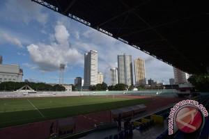 Jakarta-Manila sama macetnya beda tertibnya