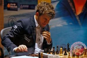 Kisah pemuda ajaib Norwegia yang juara dunia catur