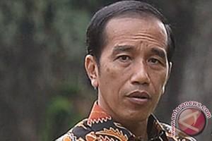 Presiden Jokowi gemari panahan sejak di Solo