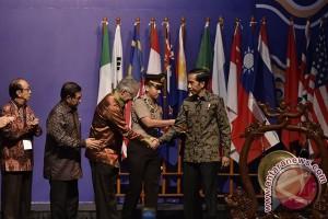 Presiden Jokowi nyatakan UKM tumbuhkan ekonomi kerakyatan
