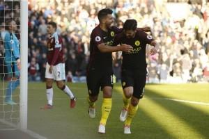 Dwigol Aguero menangkan City atas Burnley 2-1