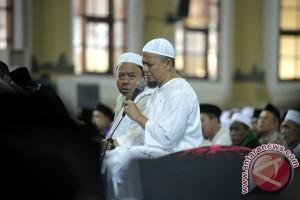 Arifin Ilham pimpin Istighatsah di Mapolresta Bogor Kota