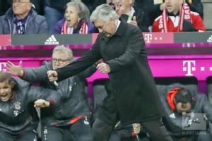 Ancelotti membayar 5.000 euro karena gerak tubuhnya