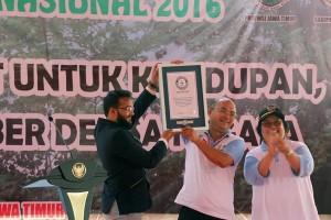 Indonesia cetak rekor dunia tanam pohon