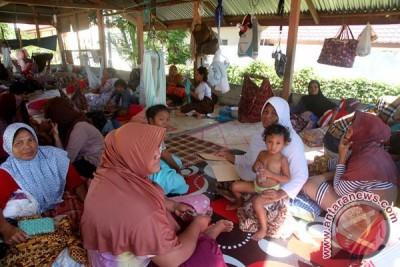 Evakuasi korban reruntuhan ruko akibat gempa Aceh dilanjutkan pagi ini