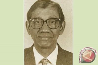 Mar'ie Muhammad wafat pada usia 77 tahun