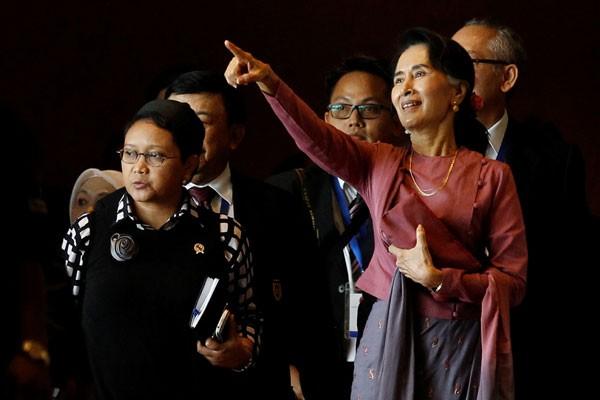 Menlu Retno bertemu Aung San Suu Kyi