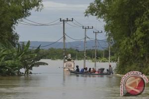 Kawasan sekitar Bengawan Solo di Bojonegoro siaga banjir