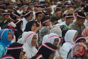 Ribuan warga doa bersama untuk kedamaian Indonesia