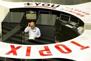 Bursa saham Tokyo ditutup turun karena yen menguat