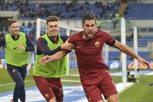 Klasemen Liga Italia, AS Roma ancam Juventus