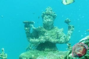 Sensasi Taman Dewa di Laut Pemuteran Bali