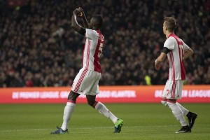 Ajax atasi Groningen 2-0