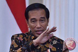 EARTH WIRE -- President Jokowi calls for increased vigil against forest fires