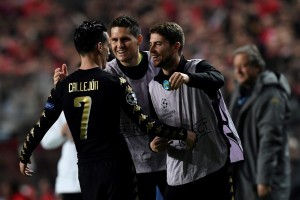 Liga Champions - Atasi Benfica 2-1, Napoli juara Grup B