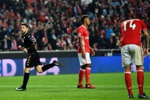 Hasil dan klasemen akhir Grup B, Napoli-Benfica melaju