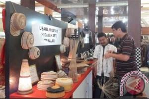 Anyaman lontar Takalar rambah pasar mancanegara