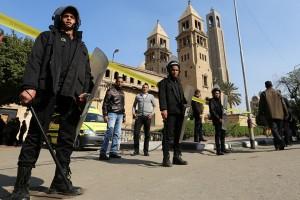 Petugas keamanan tewas diserang di dekat biara Mesir