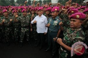 Menteri Pertahanan Di Bhumi Marinir
