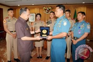 Taruna AAL Temui Gubernur Maluku