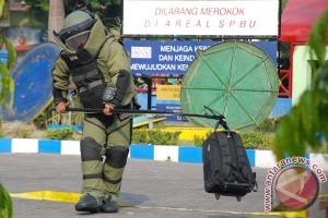 Koper di depan gereja bikin sekolah hentikan ujian di Pekanbaru