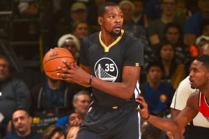 Kevin Durant antar Warriors gilas Blazers 135-90