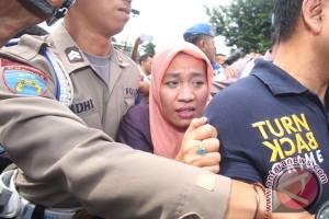 Pemeriksaan Pelaku Penyerangan Terhadap Polisi