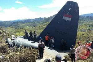 12 penumpang Hercules TNI AU ditemukan tewas