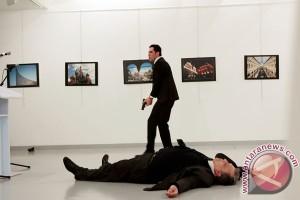 Penyerang dubes Rusia dikubur tanpa nisan