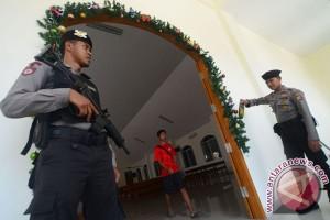 Polisi mulai sterilkan gereja-gereja