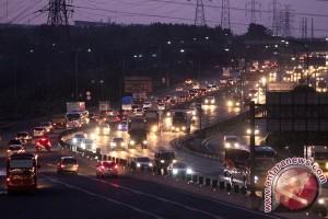Kendaraan Jakarta-Cikampek meningkat 10 persen