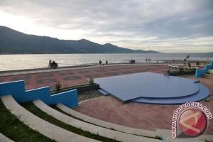 Gunung Kidul kaji penertiban bangunan di kawasan pantai