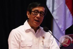 Menkumham tak akan proteksi lawyer asing masuk ke Indonesia