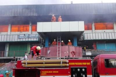 Kebakaran Pasar Senen hanguskan 500 kios