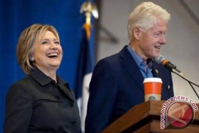 Hillary Clinton hadiri pelantikan Donald Trump