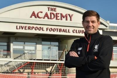 Gerrard kembali ke Liverpool sebagai pelatih akademi