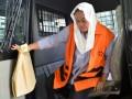 Tersangka dugaan suap terkait promosi dan mutasi jabatan di lingkungan Kabupaten Klaten, Sri Hartini tiba untuk menjalani pemeriksaan di Gedung KPK, Jakarta, Rabu (11/1/2017). Bupati Klaten nonaktif tersebut diperiksa sebagai saksi dalam kasus yang sama dengan tersangka Suramlan. (ANTARA FOTO/Sigid Kurniawan)