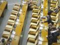Anggota DPR mengikuti Sidang Paripurna ke-16 DPR di Kompleks Parlemen Senayan, Jakarta, Selasa (10/1/2017). Dalam paripurna masa sidang III tahun 2017 tersebut, Ketua DPR Setya Novanto memaparkan rencana kerja yaitu menetapkan 50 program legislasi nasional (prolegnas) Rancangan Undang-Undang (RUU), dengan rincian, 32 RUU dari DPR, 15 RUU dari pemerintah, dan tiga RUU dari DPD. (ANTARA FOTO/Yudhi Mahatma)
