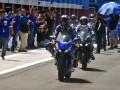 Pembalap Movistar Yamaha MotoGP Maveric Vinales (depan) mengendarai sepeda motor terbaru All New Yamaha R15 seusai peluncuran motor tersebut di Sirkuit Sentul, Kabupaten Bogor, Jawa Barat, Senin (23/1/2017). PT Yamaha Indonesia Motor Manufacturing (YIMM) memperkenalkan produk baru andalannya All New Yamaha R15, yang diluncurkan bersamaan dengan kedatangan duo pembalap Movistar Yamaha MotoGP Maverick Vinales dan Valentino Rossi ke Indonesia. (ANTARA/Yulius Satria Wijaya)