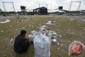 Pangarmabar: jangan buang sampah di laut