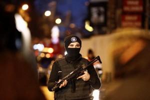 Detik-detik penyerang Istanbul menjalankan aksinya dan lalu kabur