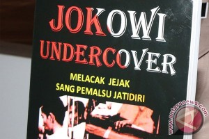 """Jokowi Undercover"" dijual Rp150.000/buku"