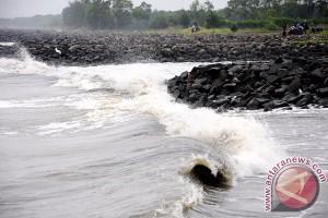 Dua nelayan hilang di Jember, SAR perluas pencarian