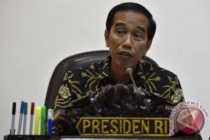 Presiden akan evaluasi aturan yang tidak sinkron